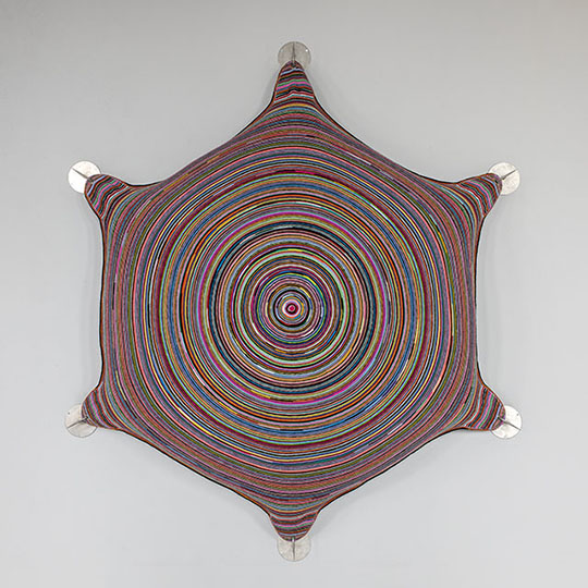 """Visites guiades i dinamitzades a l'exposició """"FILANT IDEES. TEIXINT ART"""""""