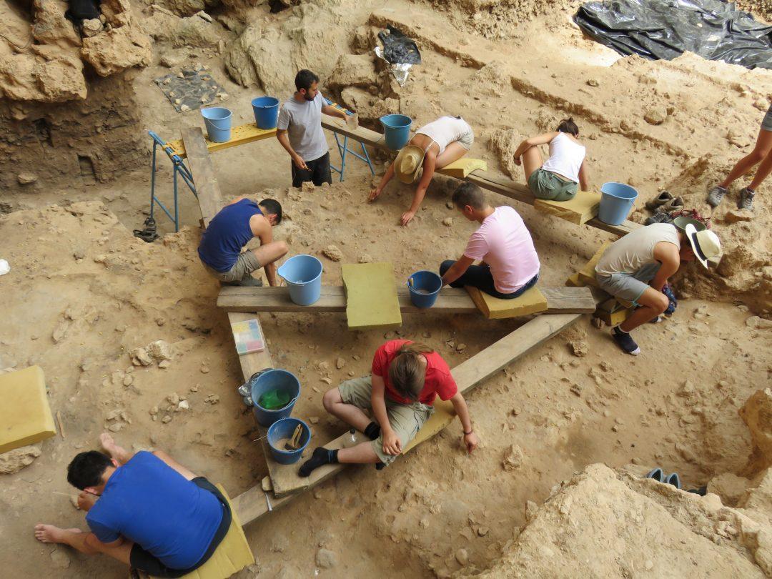 Excursión: El Salt. Visita a las excavaciones arqueológicas