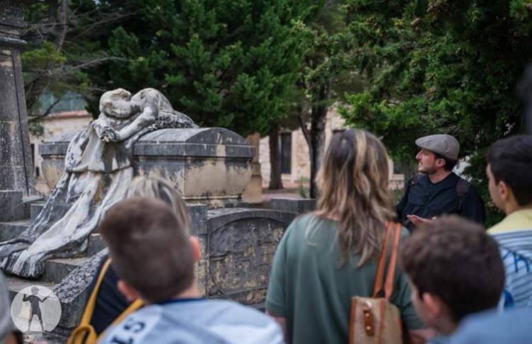 """Visitas guiadas """"Tots Sants"""" 7 y 8 Noviembre """"Cementerio Monumental"""""""